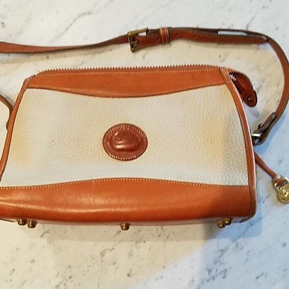 Dooney & Bourke Handbags - DOONEY & Bourke shoulder bag